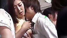 Beauty Japanese Girl Show Her Legs in Green Dress Upin JOI