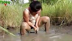 Asian webcam Girl Hot Fishing Nude