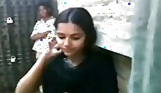 College blowjob and ball kissing