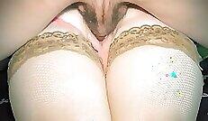 Beautiful girl gives blowjob and cum